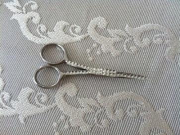 engagement scissors